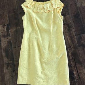 Pretty YELLOW Dress flowers on collar cap slv 12